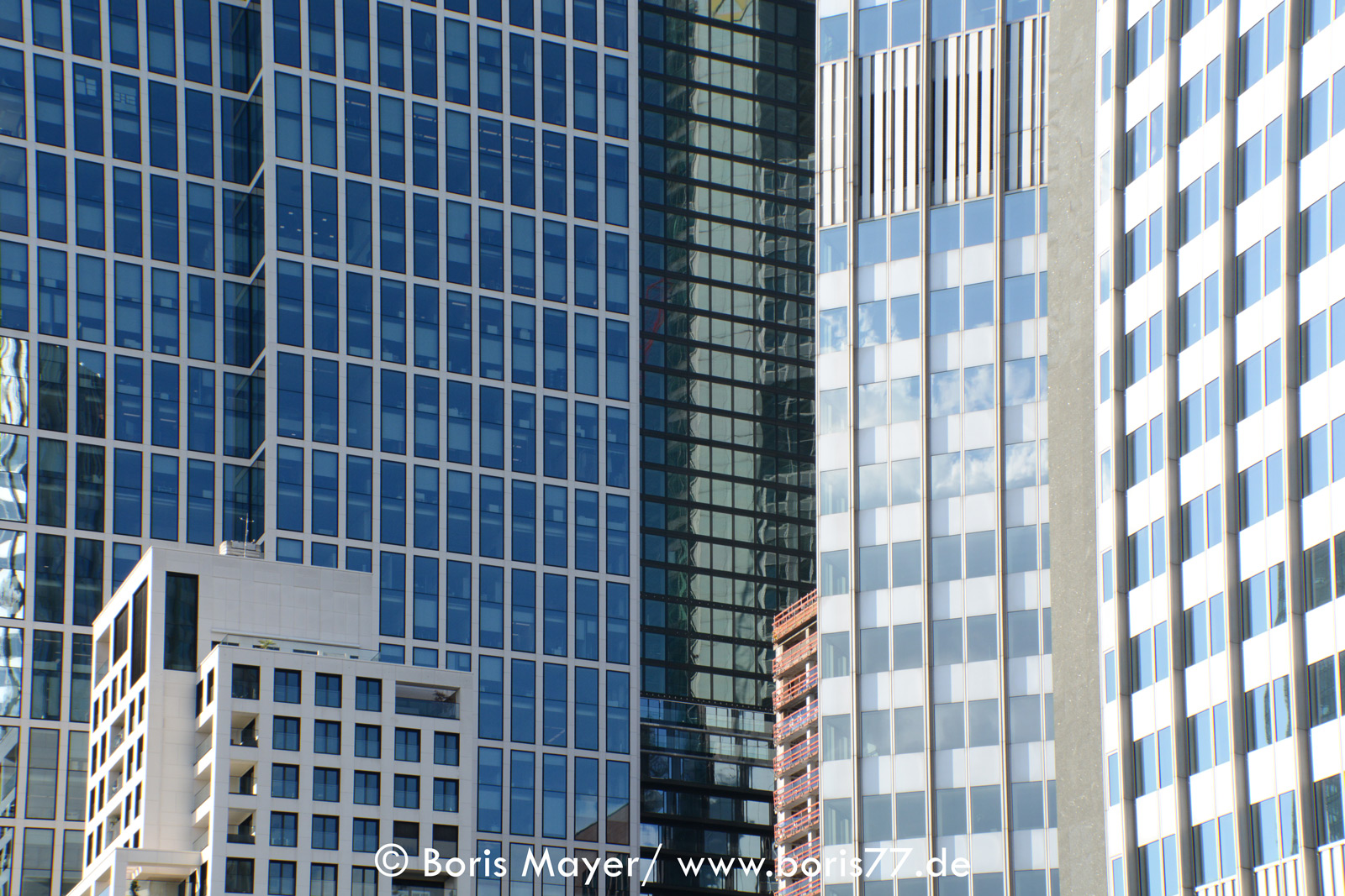 Hochhausfassaden in der Innenstadt von Frankfurt am Main